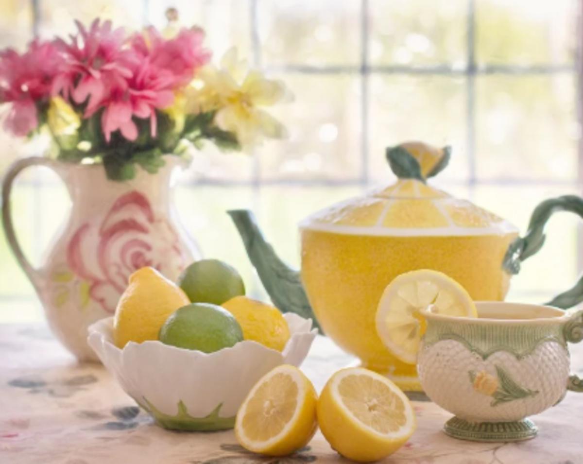 basic-dining-etiquette-tea-time