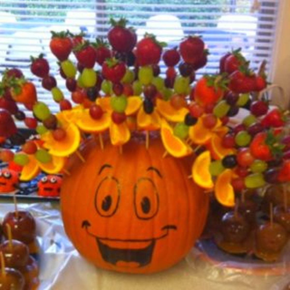 Halloween party food ideas for kids holidappy for Food ideas for toddler halloween party