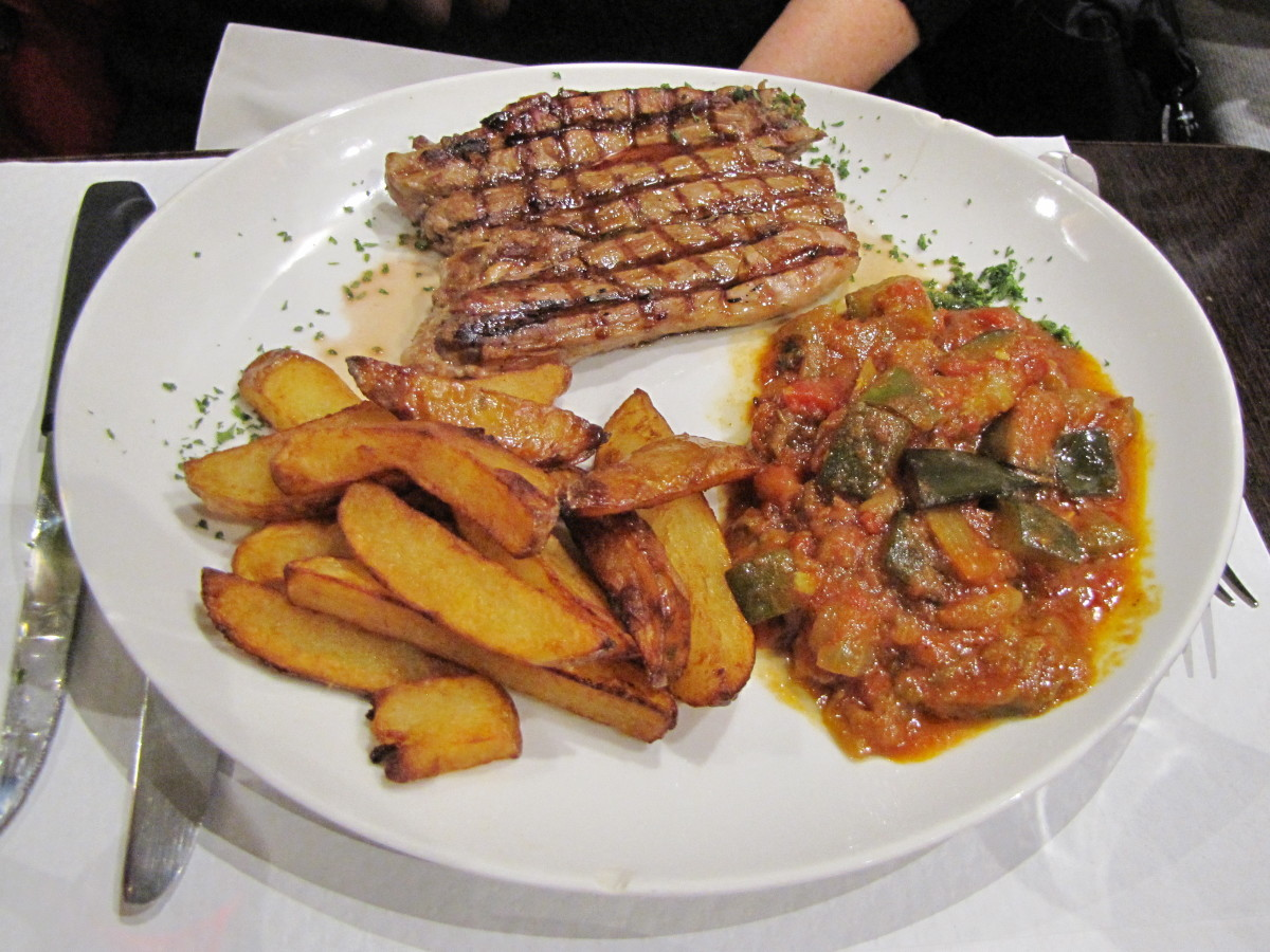 Agneau grillé - Grilled lamb with ratatouille and frites