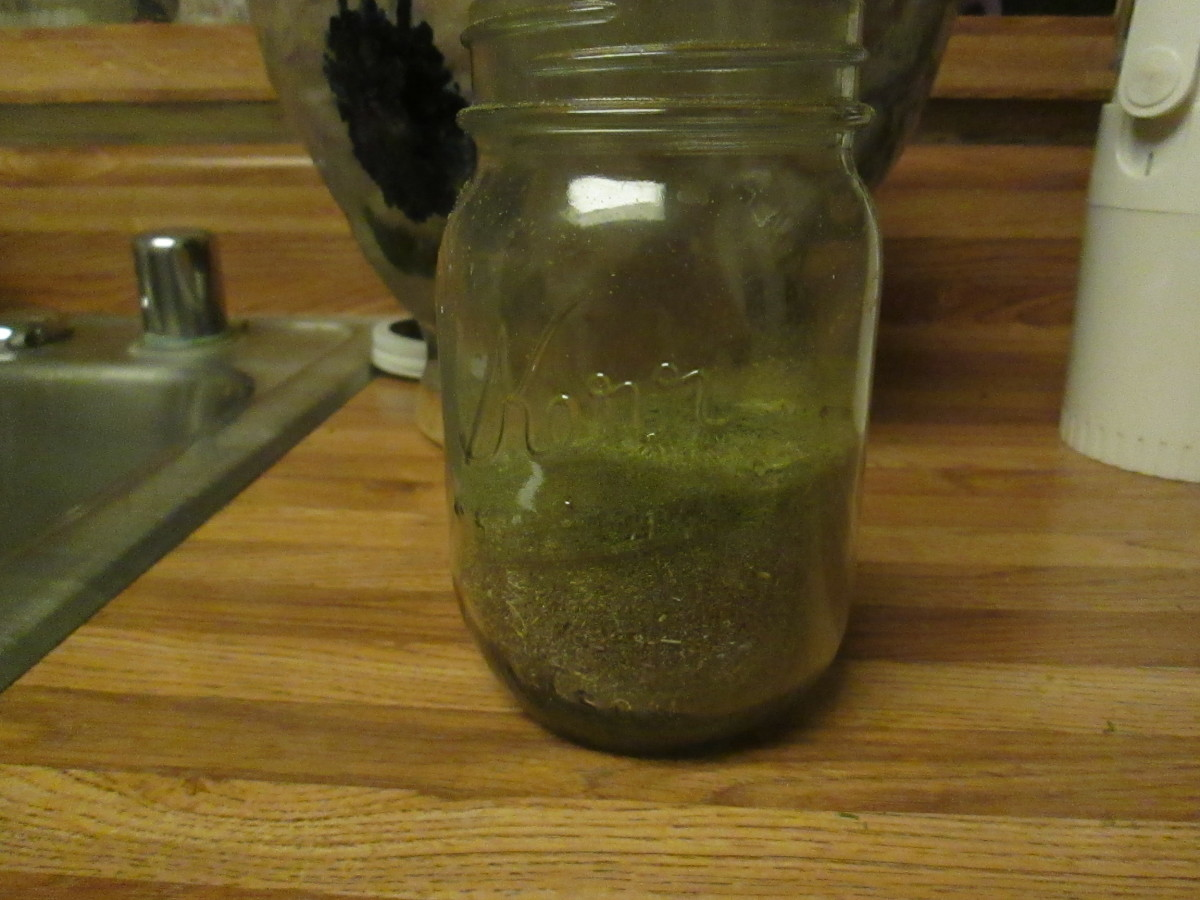 Finely ground rosemary and Greek oregano looks beautiful in a canning jar.