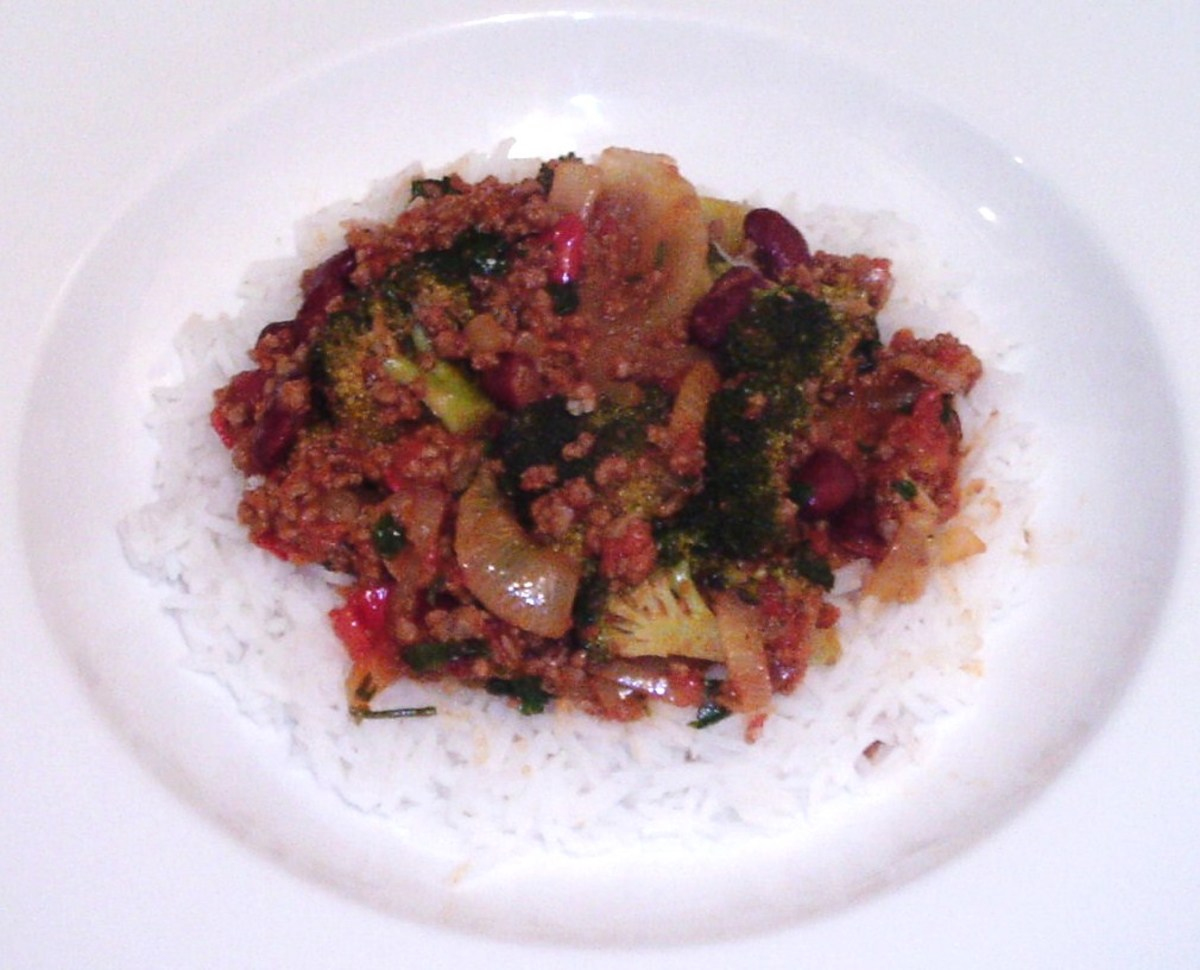 Mild broccoli and beef chilli on a bed of rice