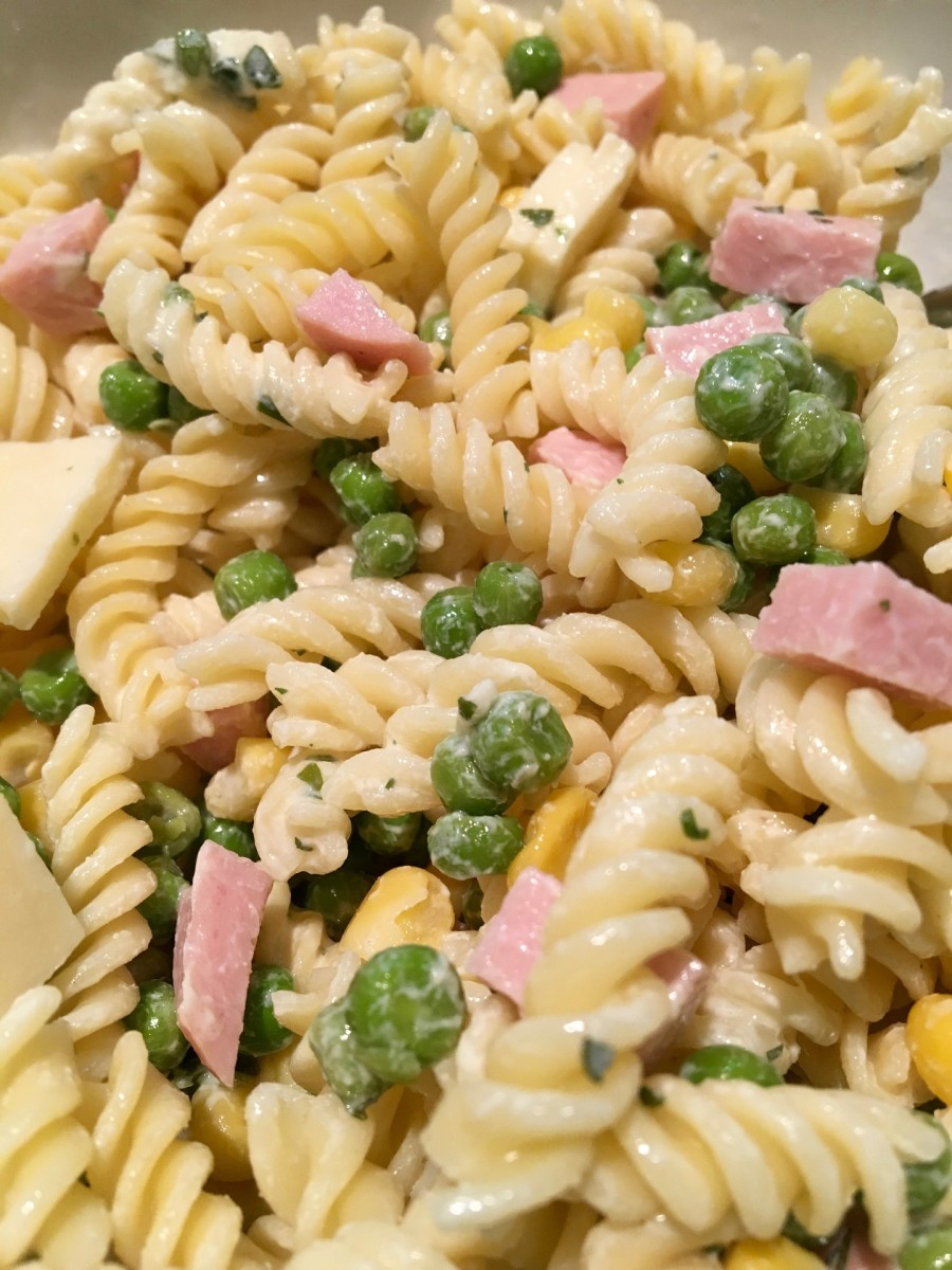 pasta-salad-your-new-best-friend-for-summertime-meals