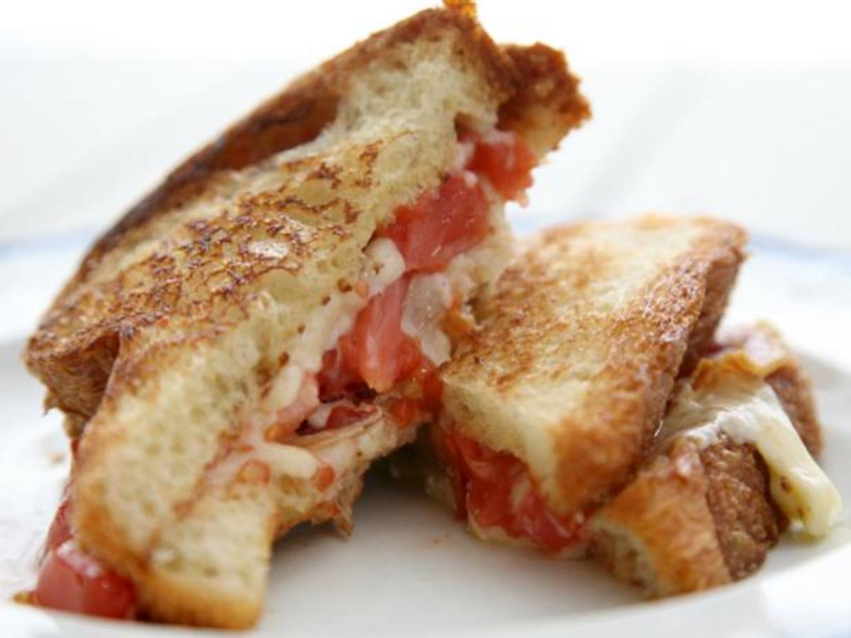 White Cheddar, Pancetta, and Tomato