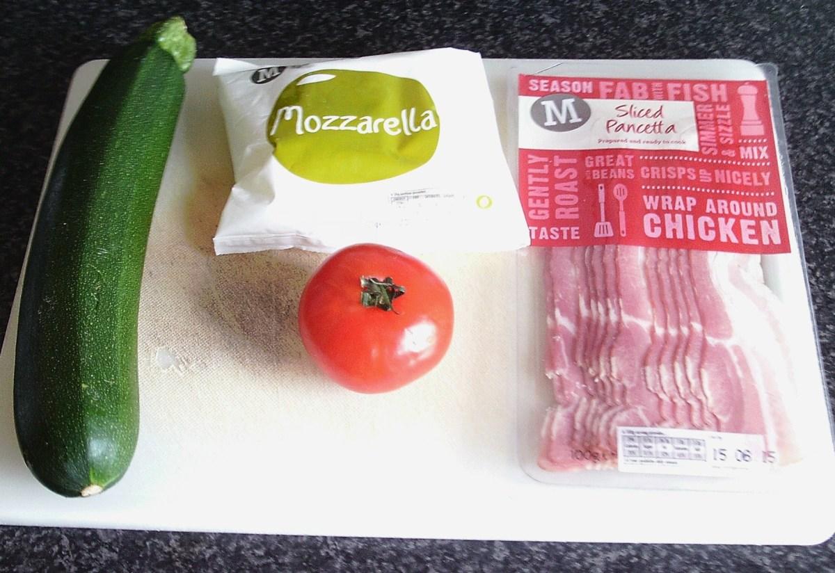 Zucchini, mozarella, pancetta and tomato