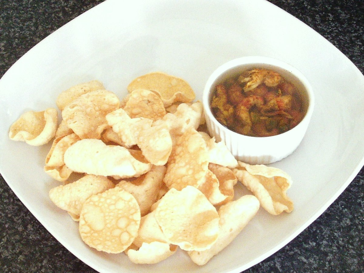 Curry and green chilli potted crayfish tails with mini poppadoms