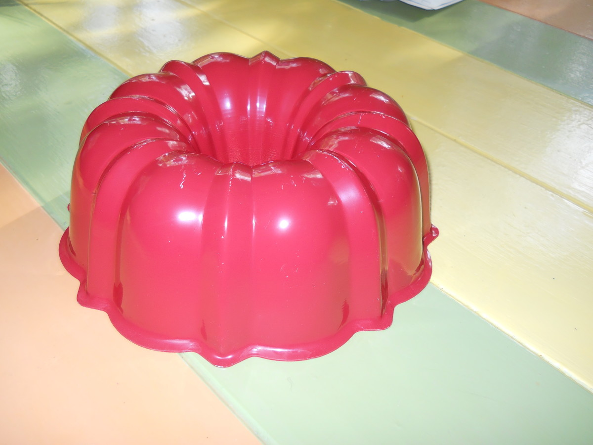 If you love to bake, you should have a bundt pan!