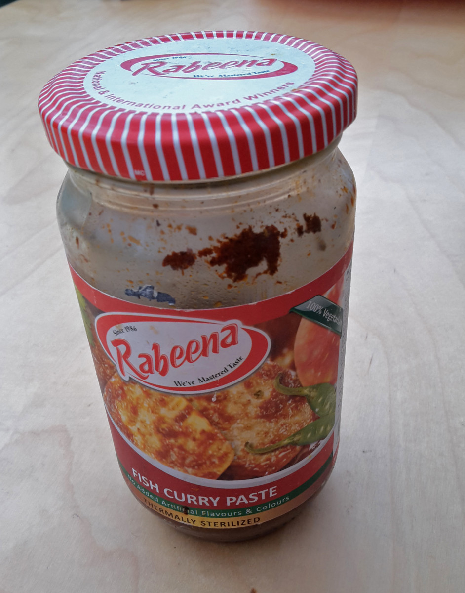 This is the fish curry paste I use, but any brand would do.