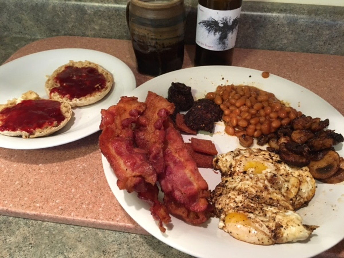 The Full American Fry-Up!  English muffins with strawberry jam, Reavers mead, bacon, black pudding, baked beans, mushrooms, eggs, and Spam!