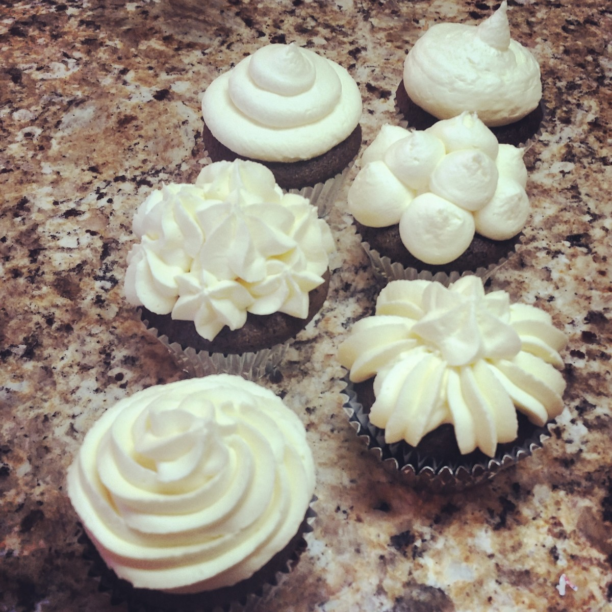 Cupcakes with vegan buttercream.
