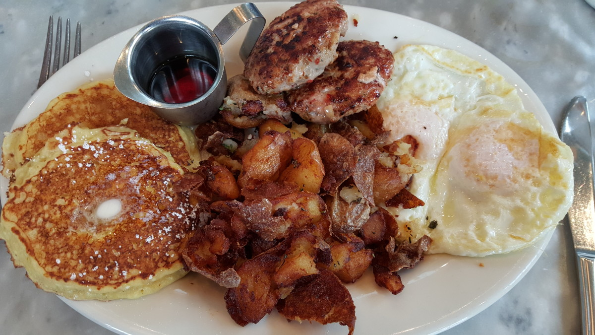 This the Plow—Plow's signature breakfast dish.