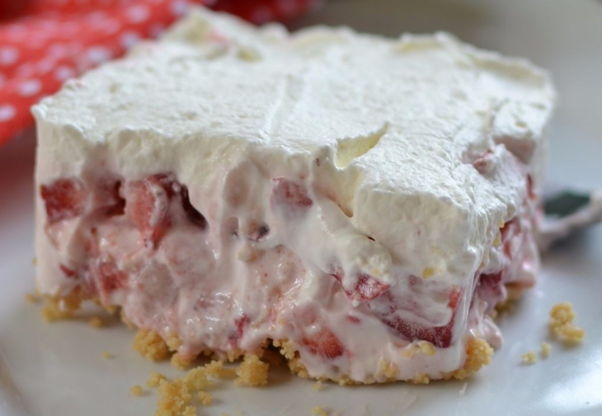 Strawberry Lush Cake
