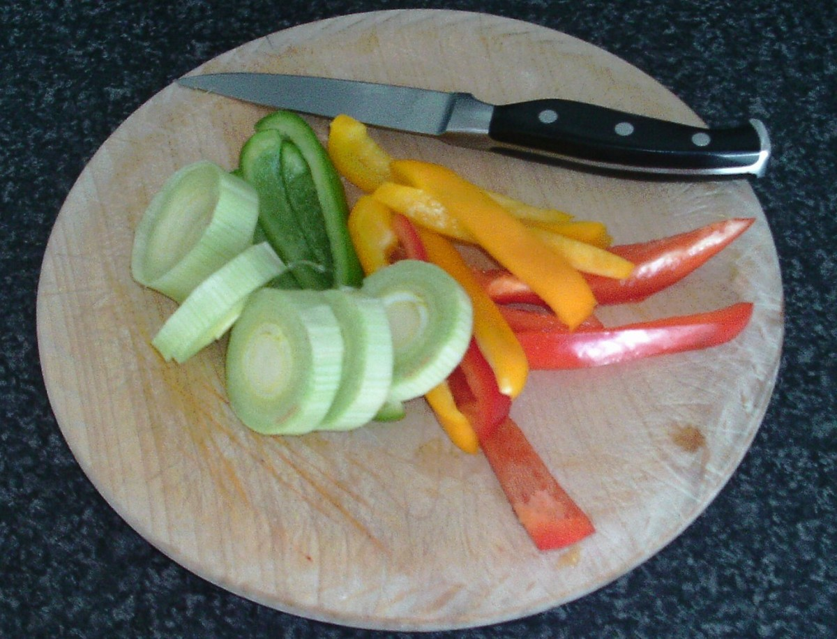 Sliced bell peppers and leek