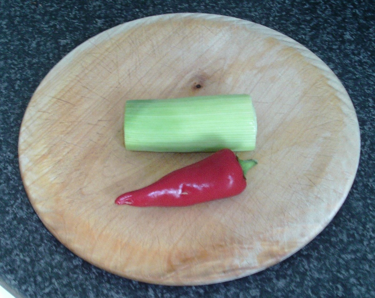 Leek stem portion and red chilli
