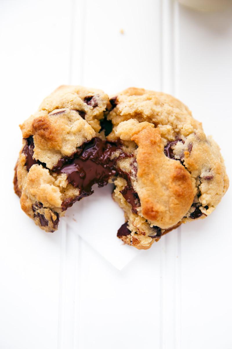 Copycat Levain Bakery Cookie