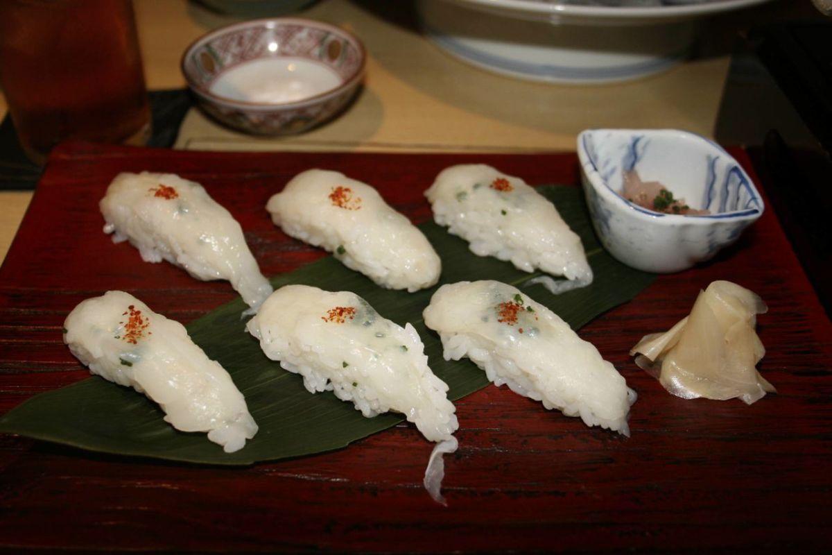 Fugu sushi.