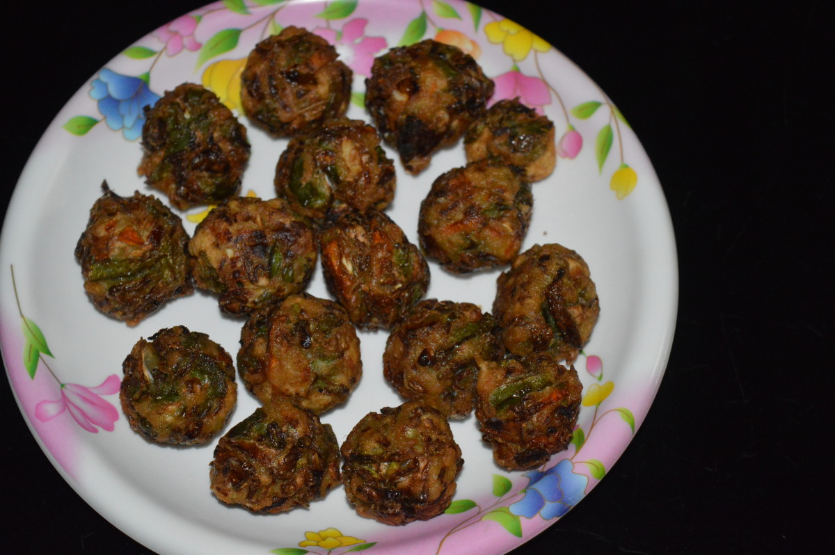 Deep-fried vegetable balls