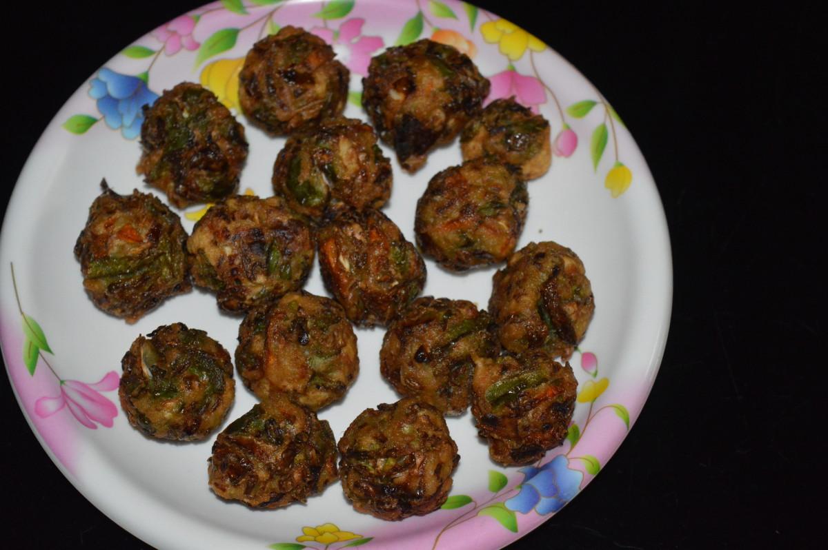 Deep fried veg balls