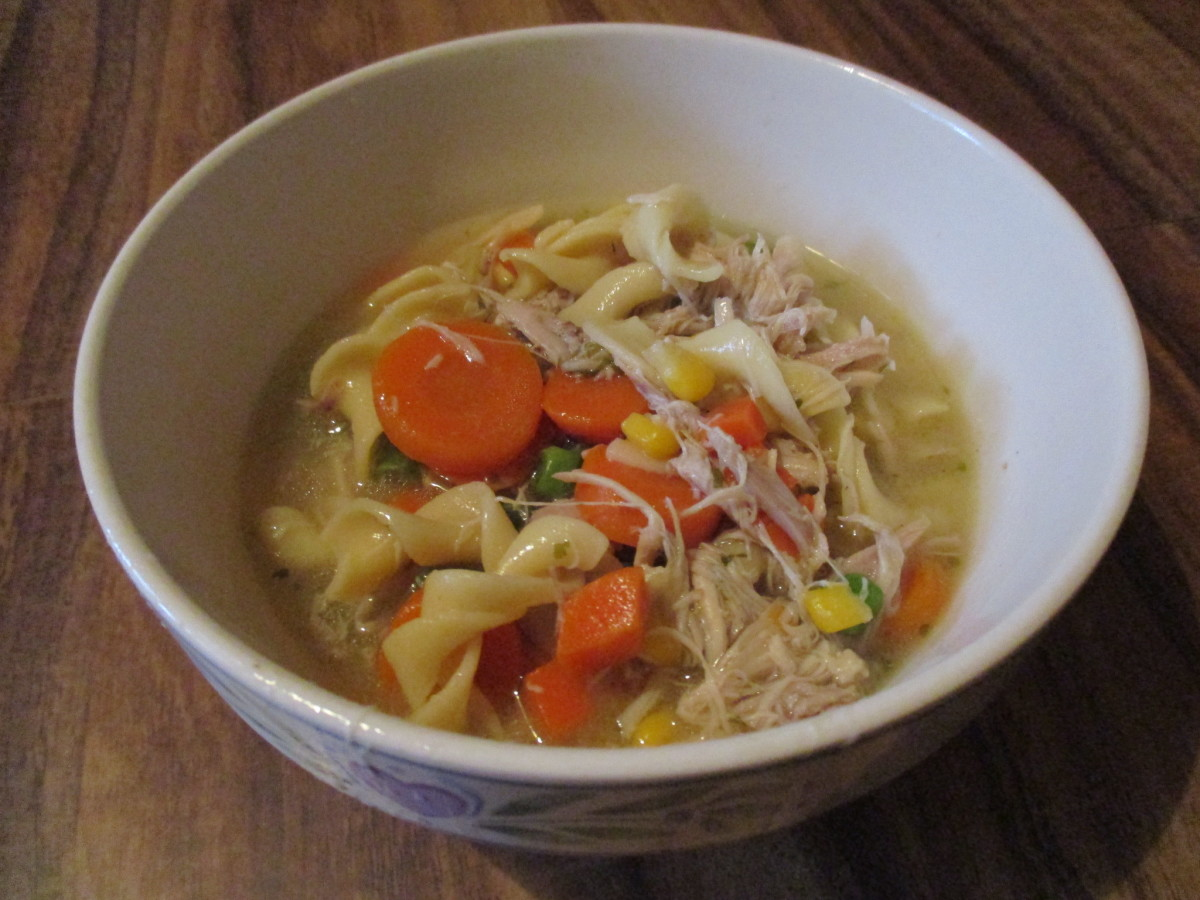 moms-cooking-easy-homemade-chicken-noodle-soup-recipe