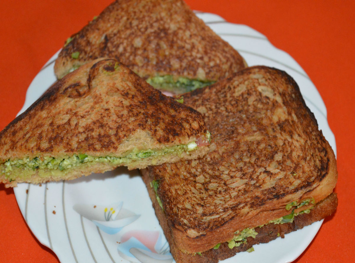 Delicious green pea and paneer sandwich