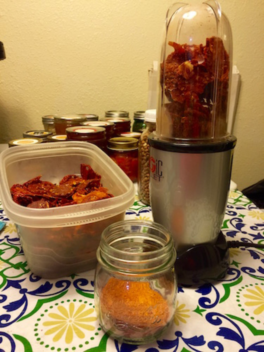 Making tomato powder: Sweet concentrated tomato flavors become a powder perfect for soups and sauces.