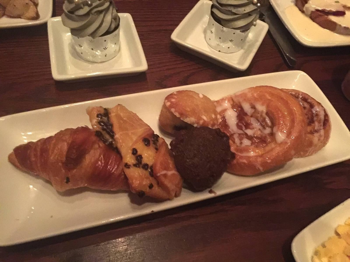 Tray of pastries that come with breakfast