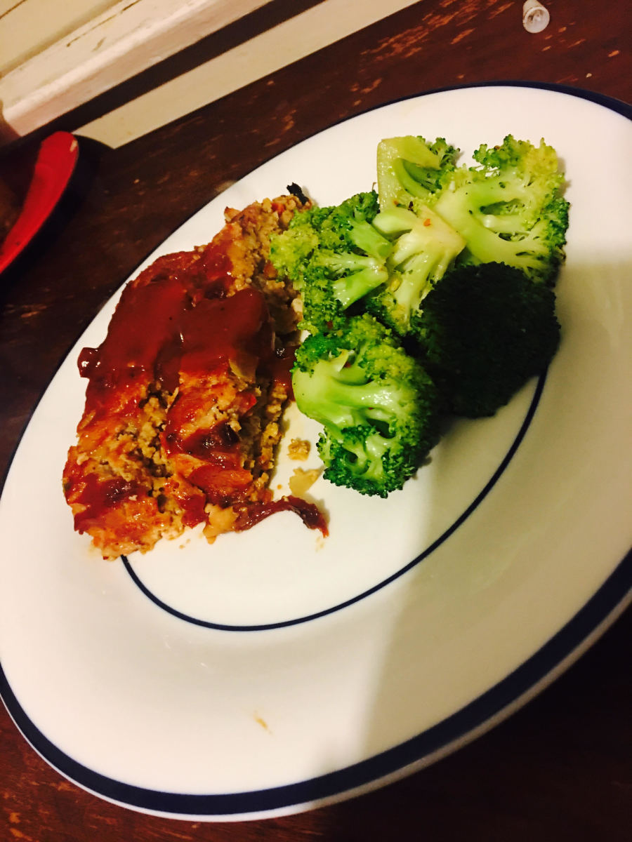 The finished meatloaf and broccoli satueed in garlic and a little olive oil.  Trying to keep it healthy!