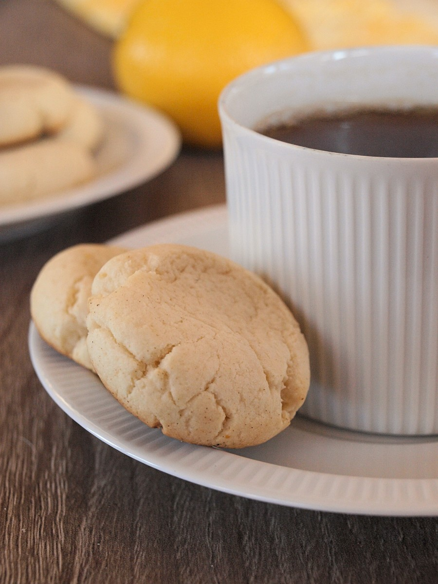 Enjoy these lemony guilt-free sugar cookies with a cup of tea or coffee.