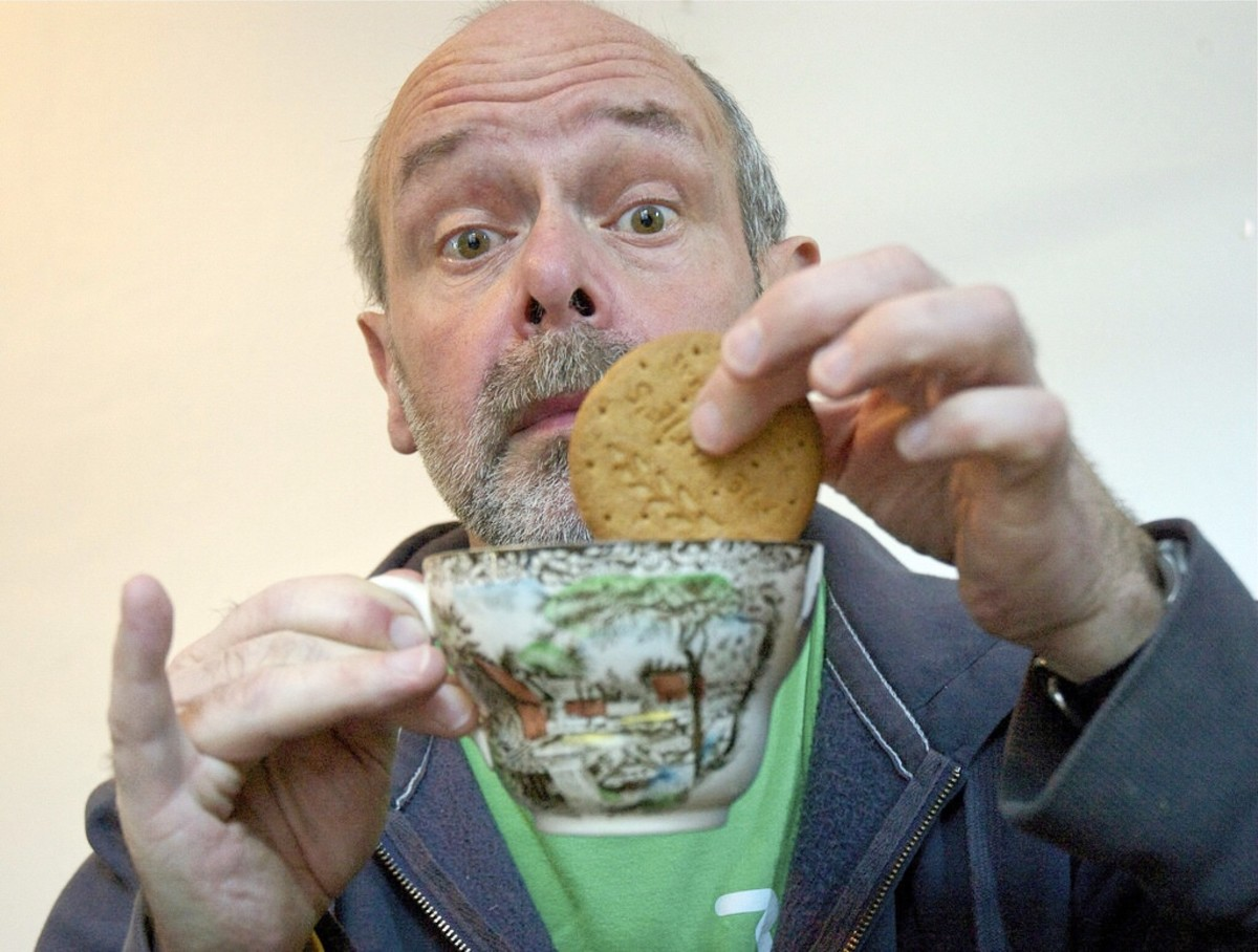 Dunking a McVitie's digestive