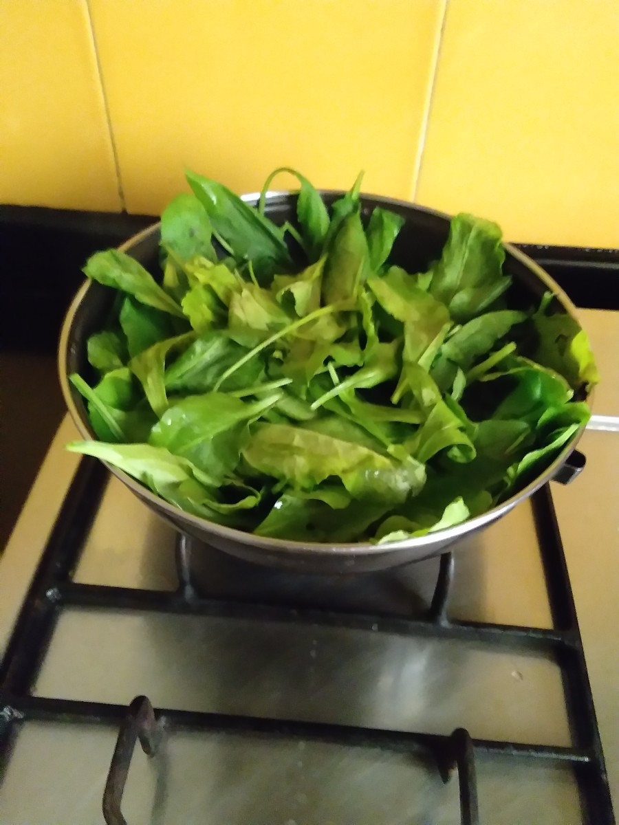 sauteing spinach and coriander