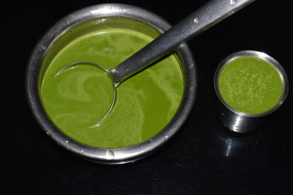 The leafy green drink is ready to serve
