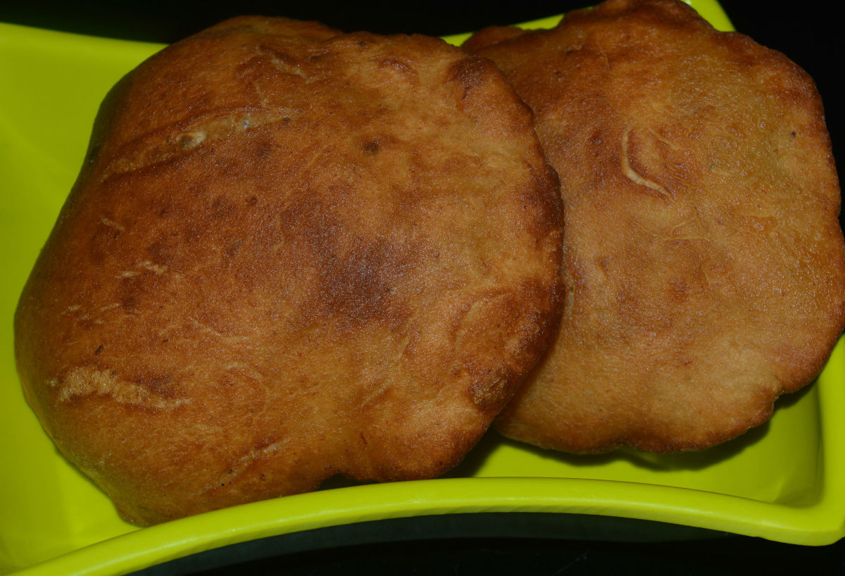 Mangalore buns or Banana puris