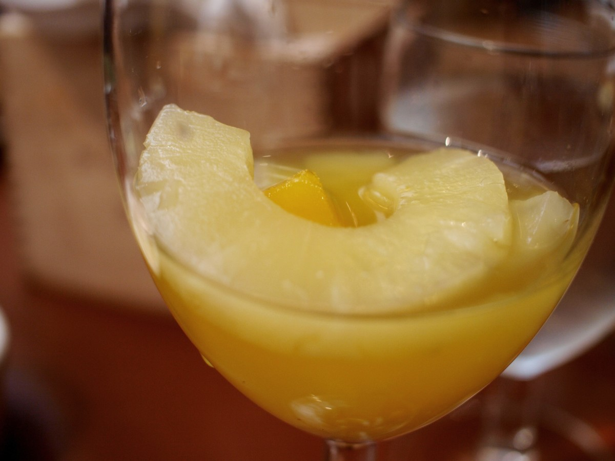 Tropical white wine sangria