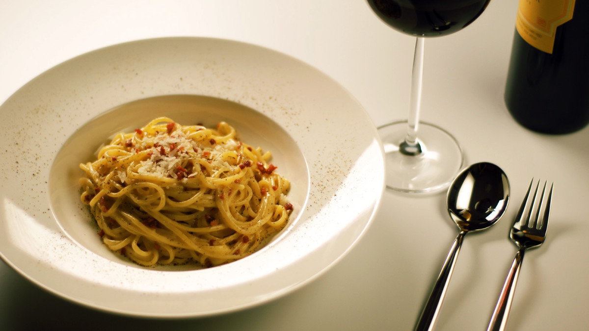 the-adulteration-of-carbonara-with-authentic-recipe