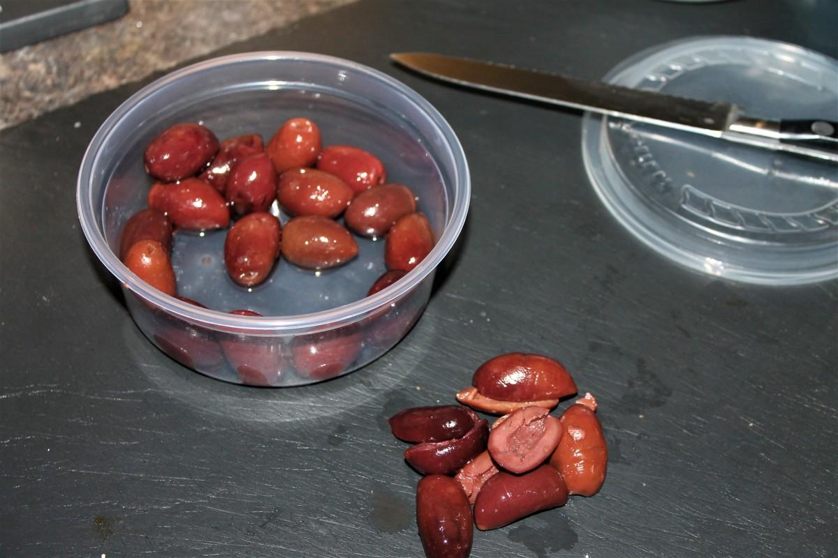 Pitting kalamata olives