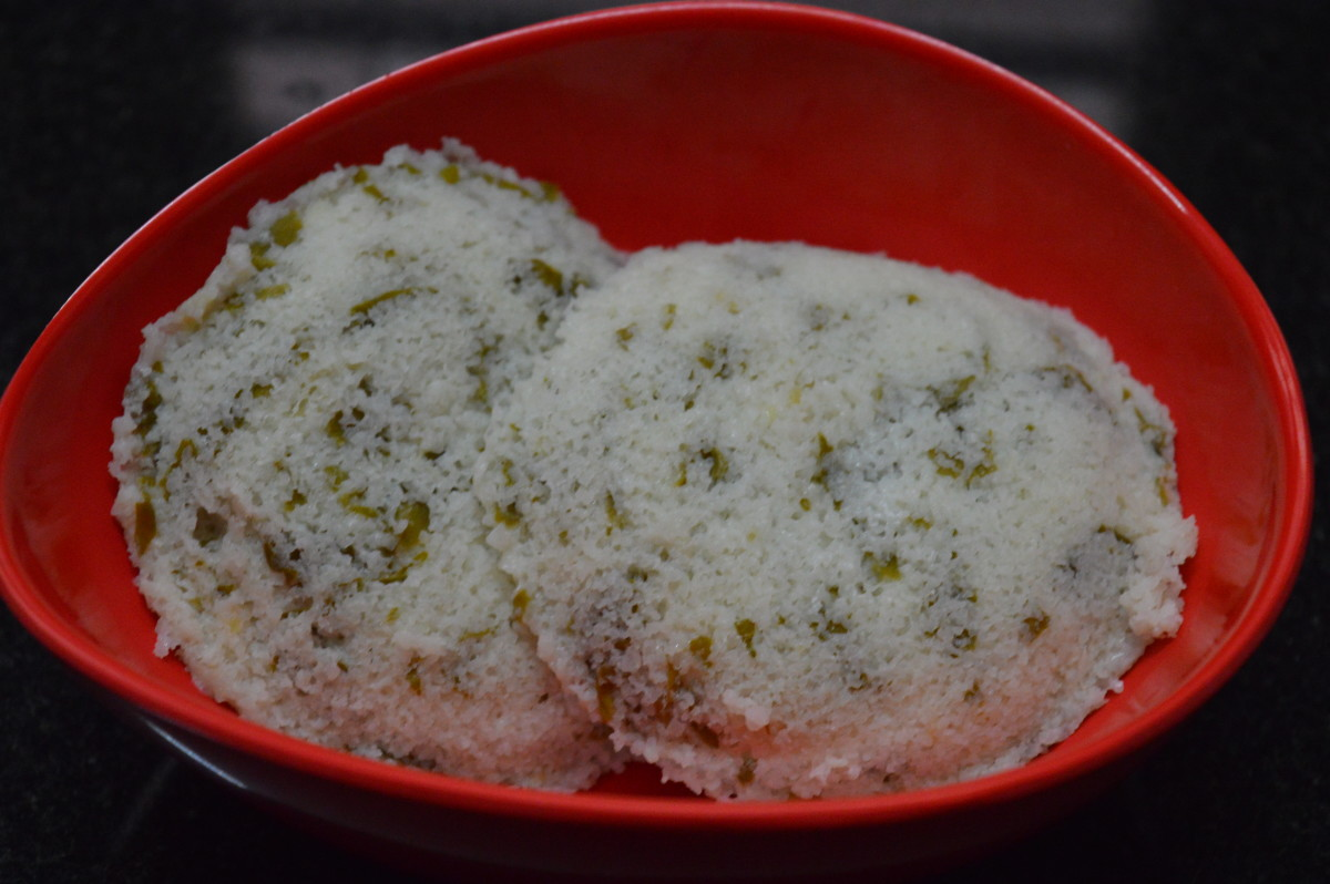 Step seven: Yummy, flavorful, and soft spinach idli is ready to serve.