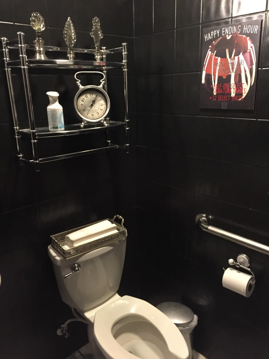 bathroom in Better Than Sex