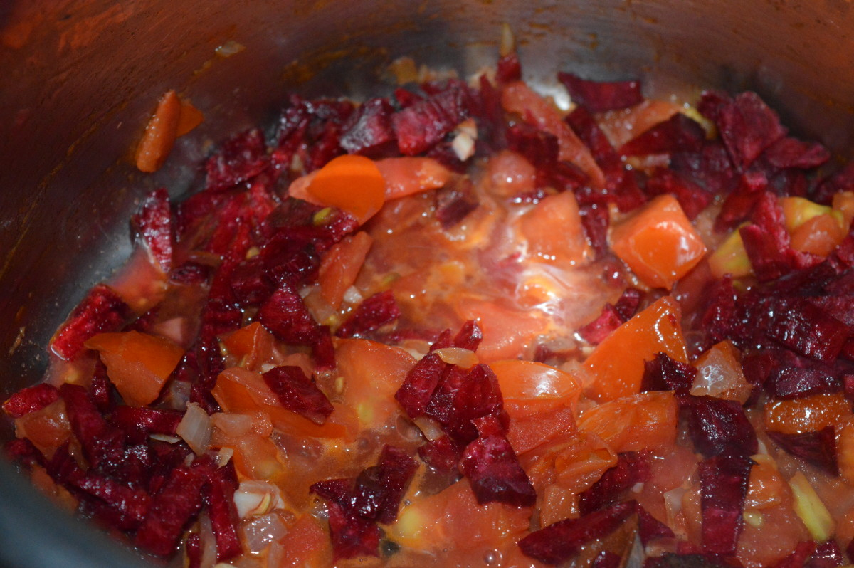 Step five: Add chopped beetroot. Continue stir-cooking for a while.