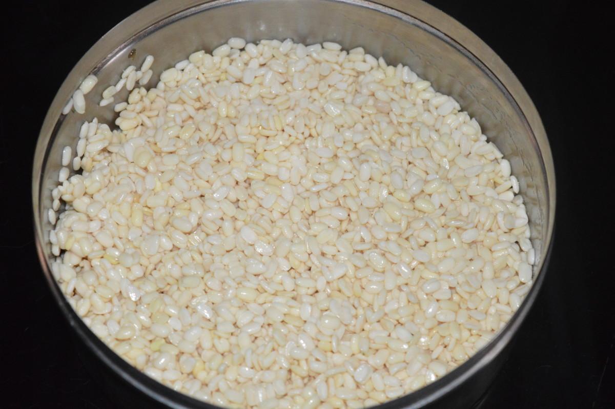 Step one: Soak white lentil(split black gram) for 5 hours for making lentil balls.