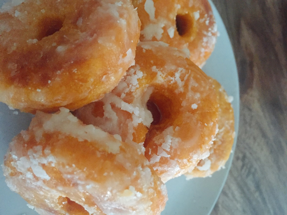 Voila! Malaysian style donuts are ready to serve.