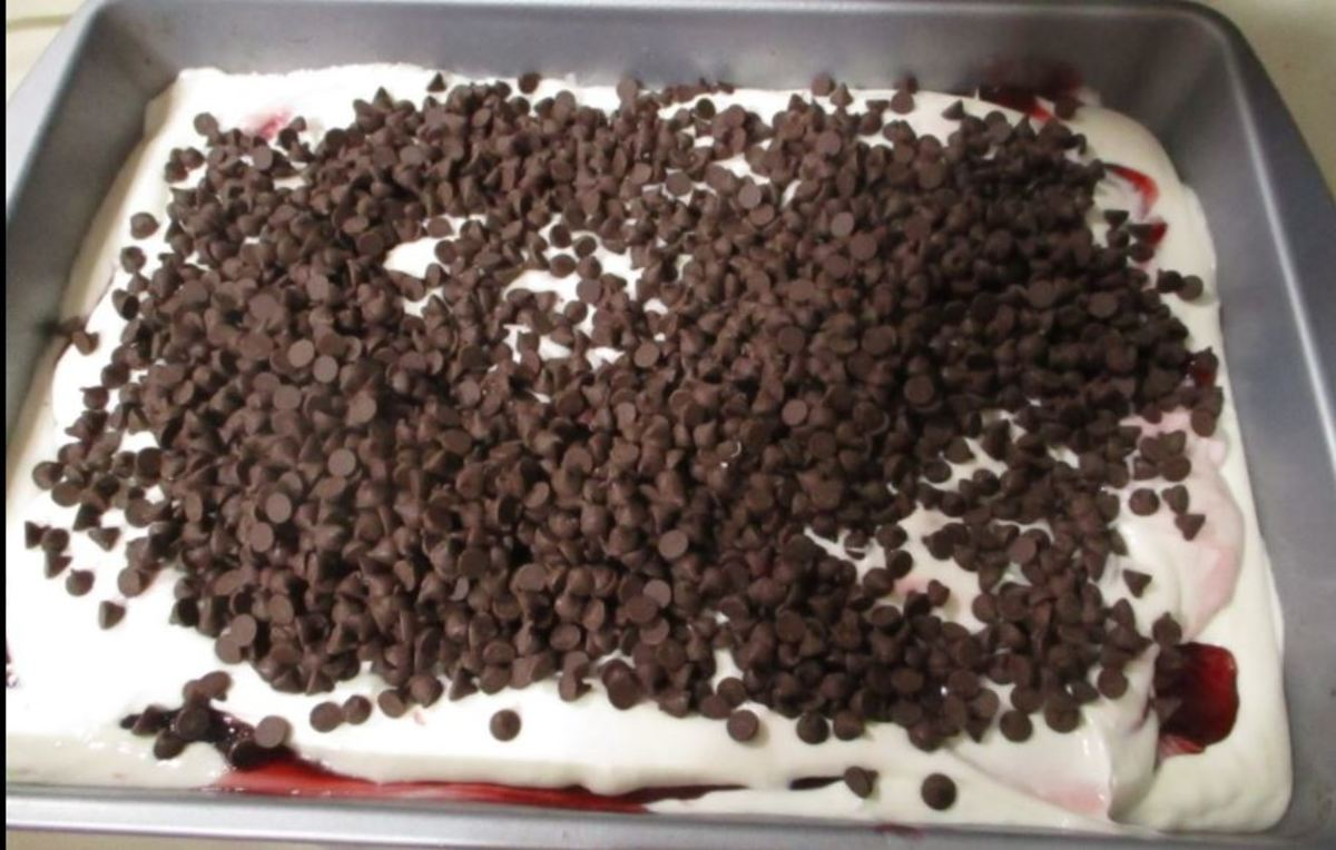 cover the top of the cake batter with chocolate chips