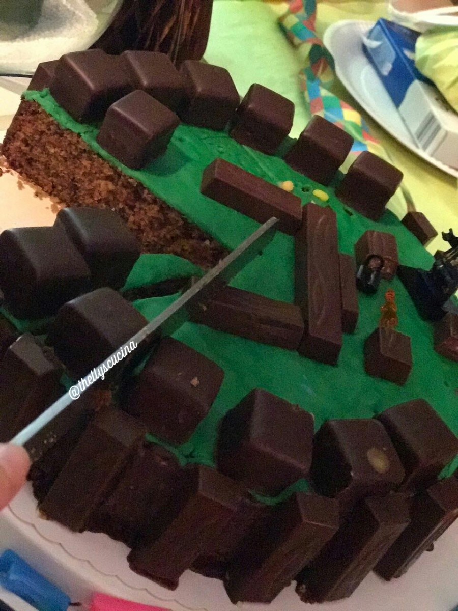 Slicing a Minecraft cake.