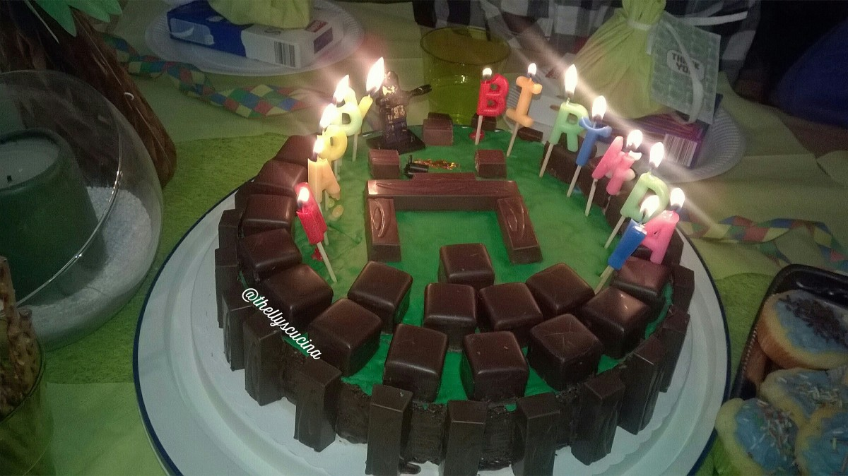 "The lighted ""Minecraft"" birthday cake"