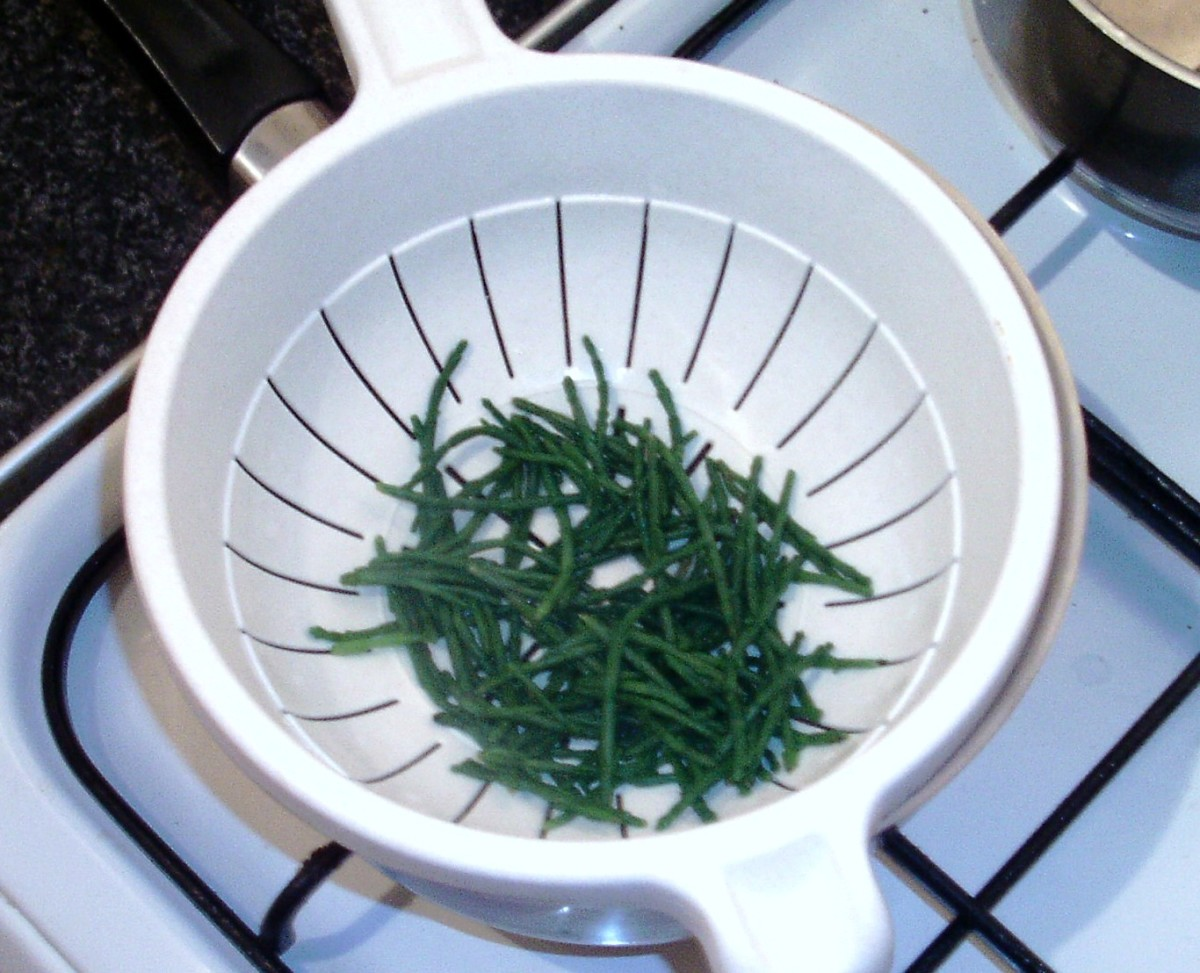 Blanched samphire is drained and left to cool