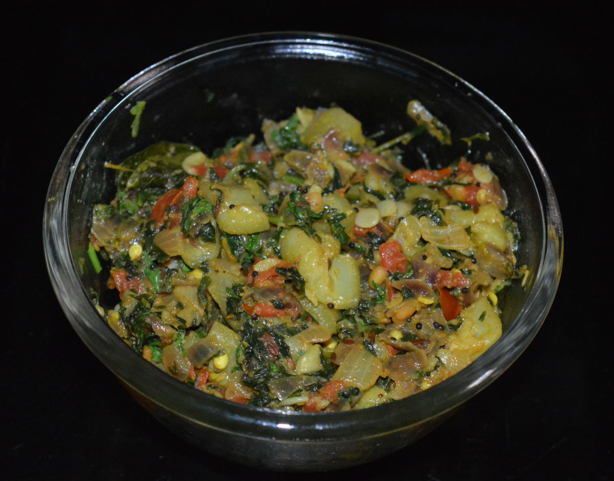 Ridge Gourd (Turai) and Fenugreek Leaf (Methi) Curry