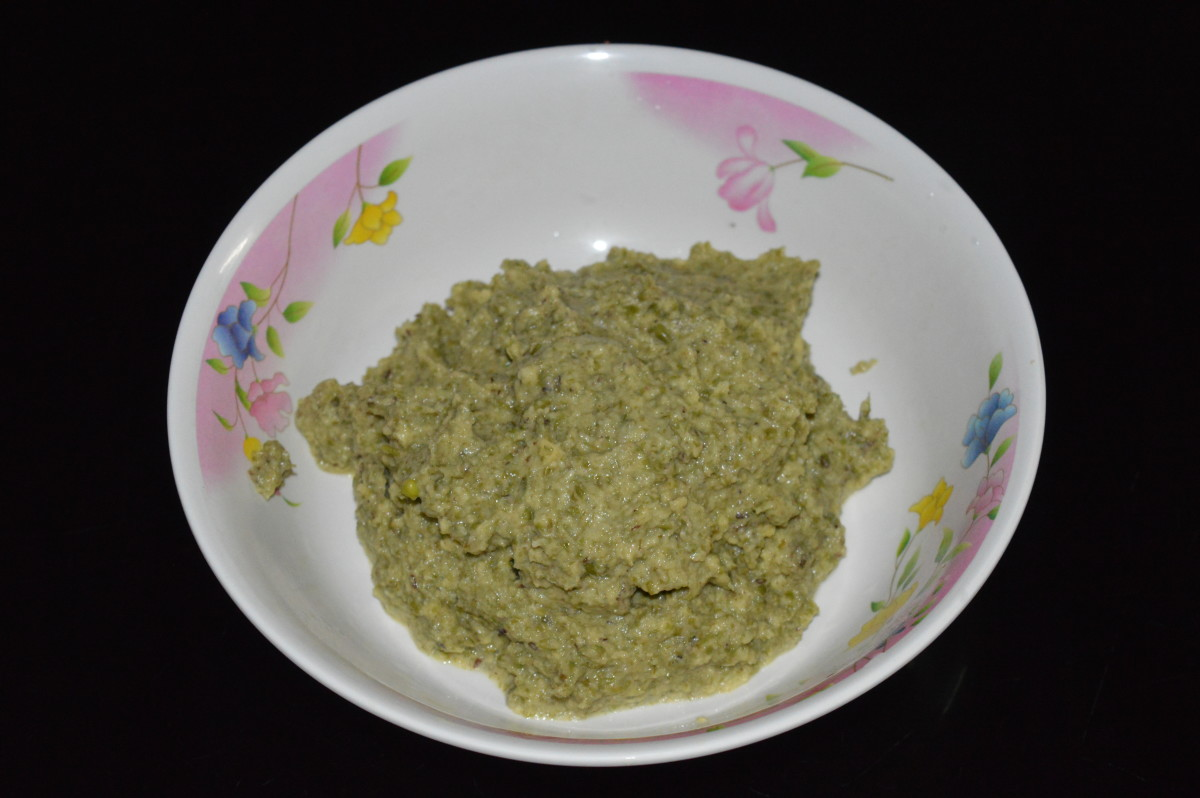 Step one: Grind green gram, without adding water to make a little rough batter.