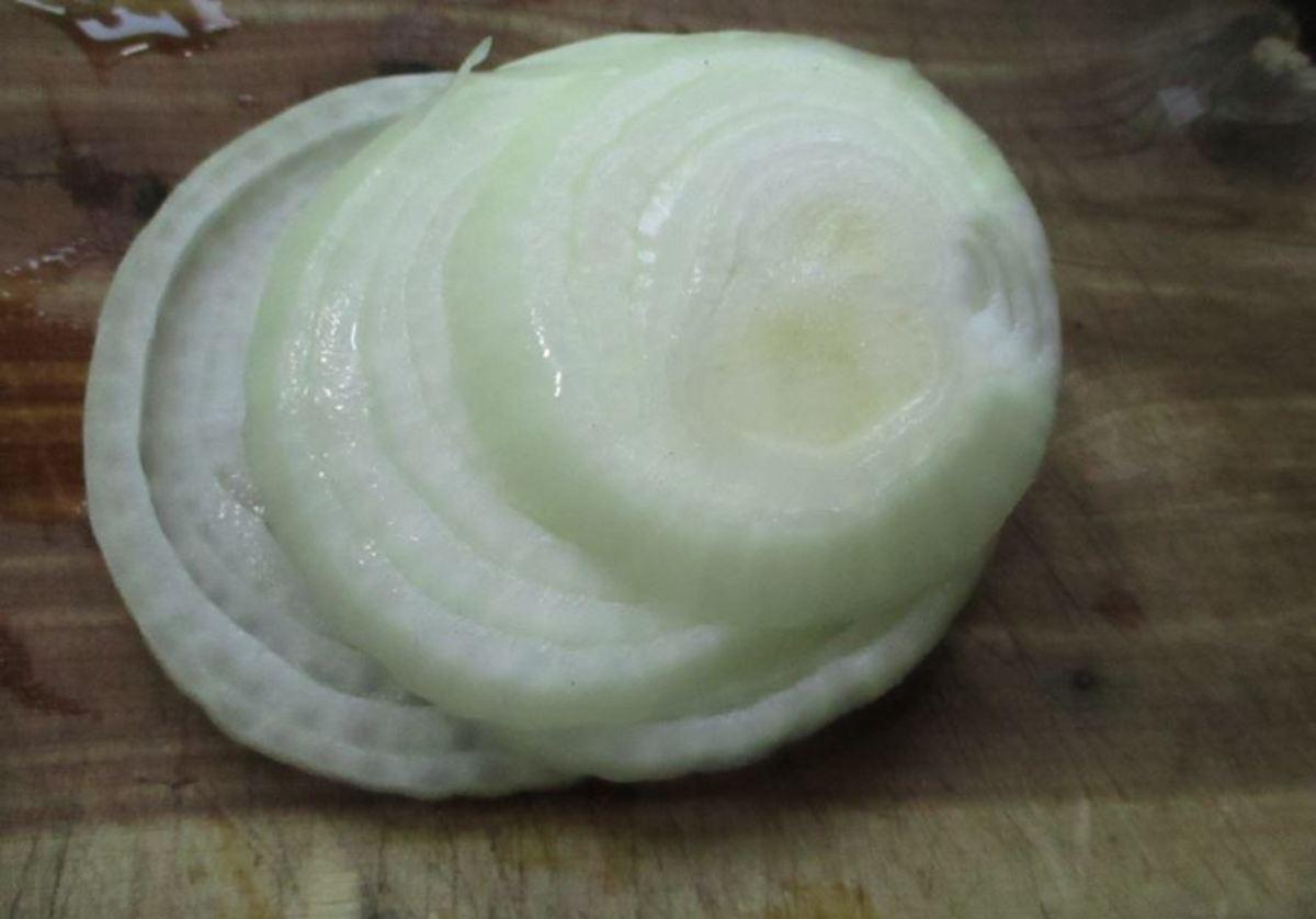 I chopped up a whole onion. It was a Peru. I prefer Vidalia.