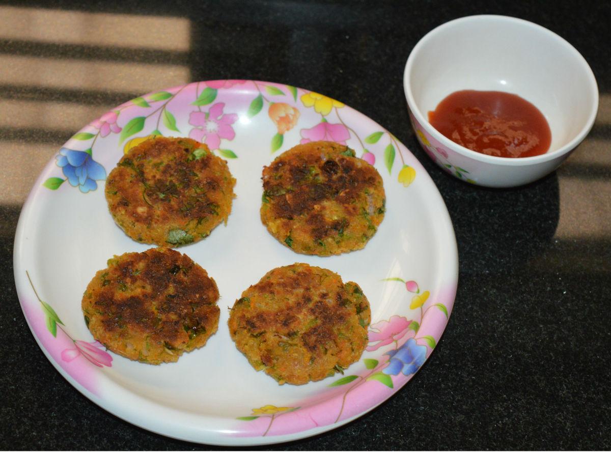 Tomato sauce makes a tasty accompaniment.
