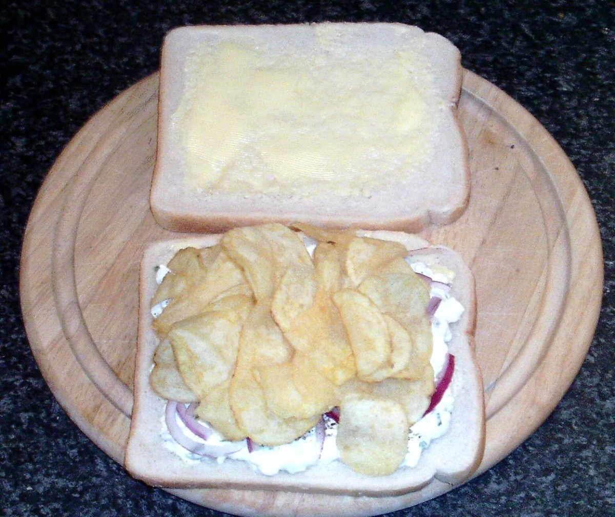 Ready salted crisps on cottage cheese bed