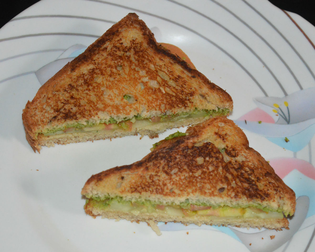 Green coriander chutney bread sandwich