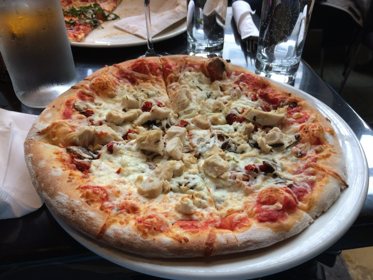 The Marco Polo pizza with lemon chicken